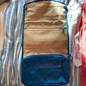 Coach Bags - Coach hanging toiletry bag